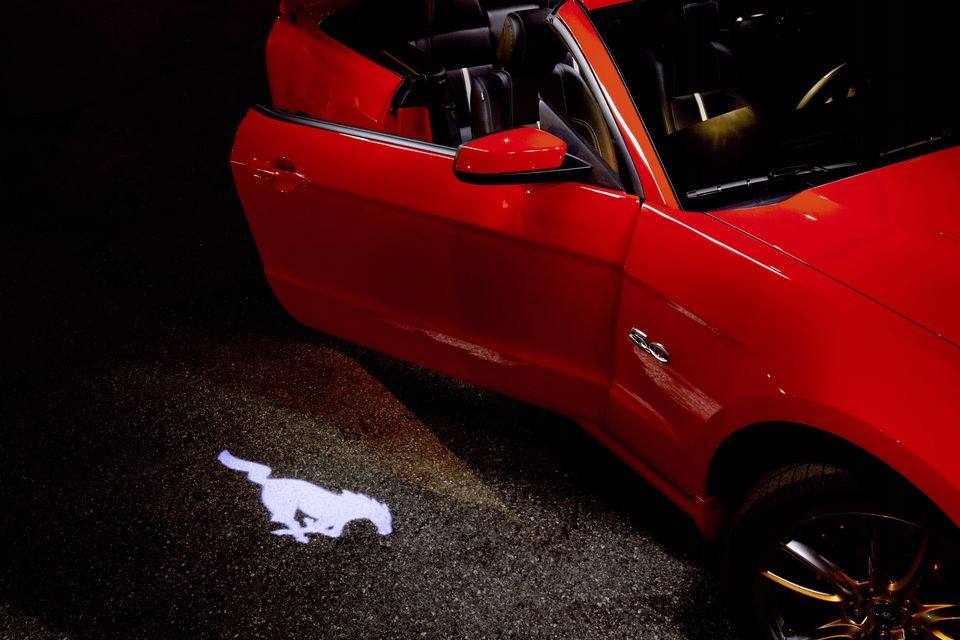 Mustang-puddle-light